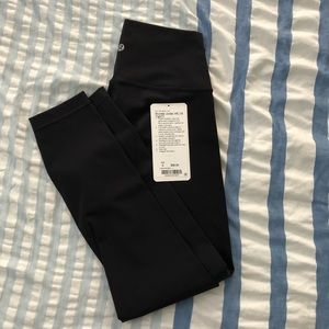 Lululemon wunder under black full on Luxtreme sz 6